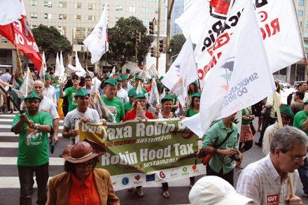 Bancários na Rio+20: A solidariedade é verde. O Capitalismo não