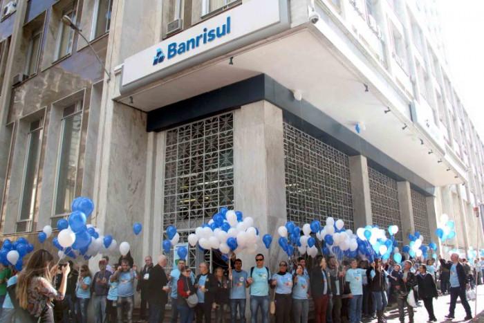 Banrisul inicia processo de reestruturação Fetrafi/RS solicita reunião com Direção do Banco