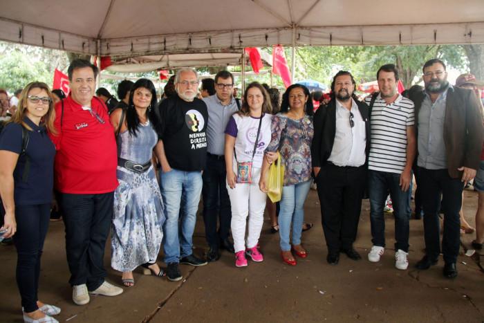 Forte mobilização da classe trabalhadora evitou a votação do PL 4302, que libera terceirização sem limites, nesta terça (21), em Brasília