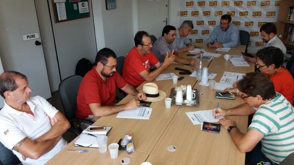 CUT-RS e centrais preparam greve geral contra reforma da Previdência e em defesa da democracia