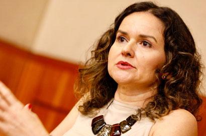 """Juvandia Moreira: """"Bolsonaro ameaça bancos públicos e quer acabar com programas sociais, empregos e economia"""""""