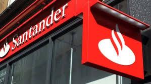 Diretor do Santander é denunciado por compra de decisões na Receita